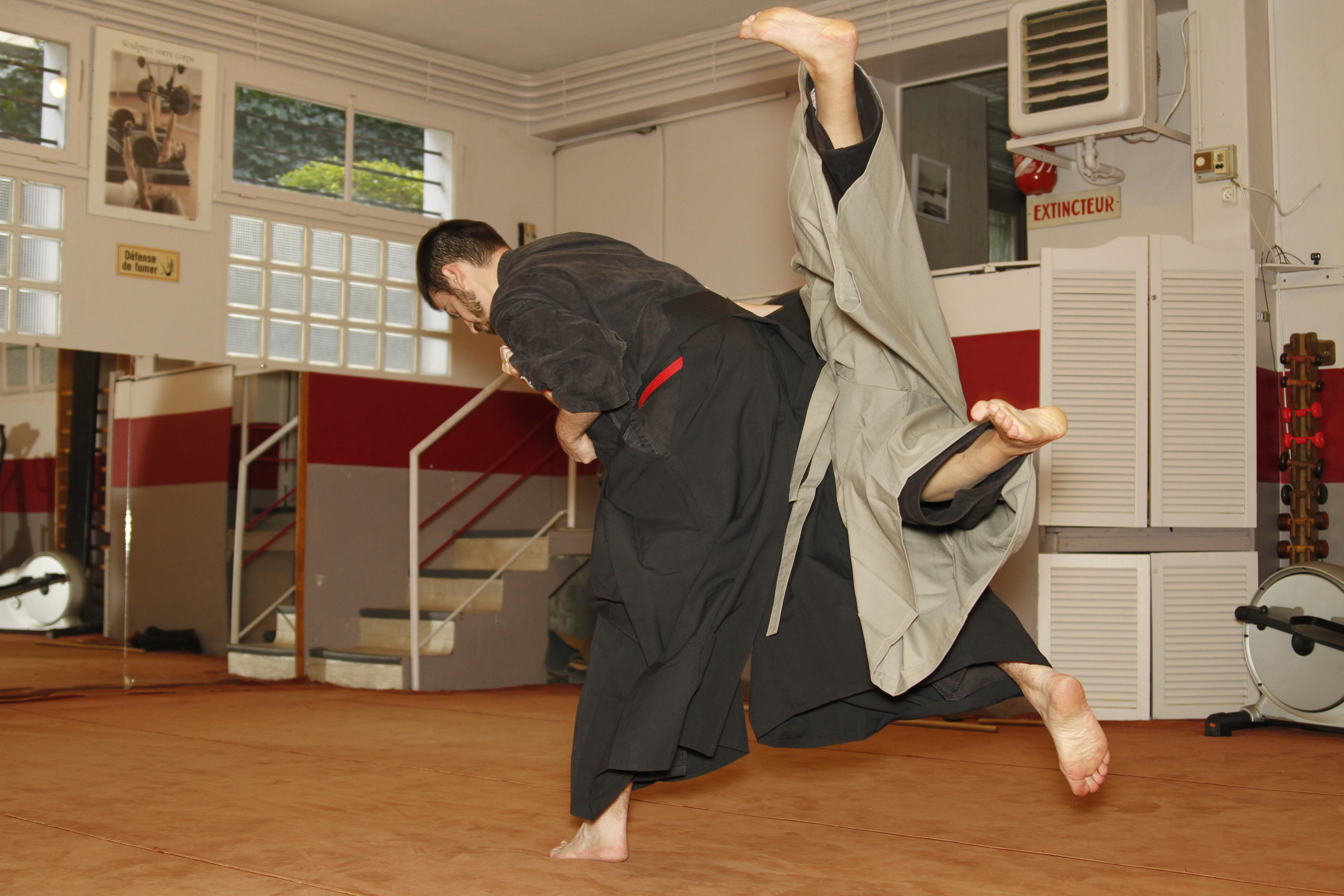 Mushin Ryu Ju Jutsu - O soto gari