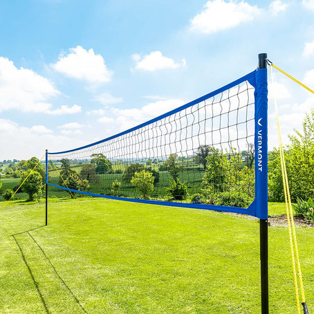 Best Outdoor Volleyball Nets 2020 [Backyard, Beach, Tournament Setups & More]