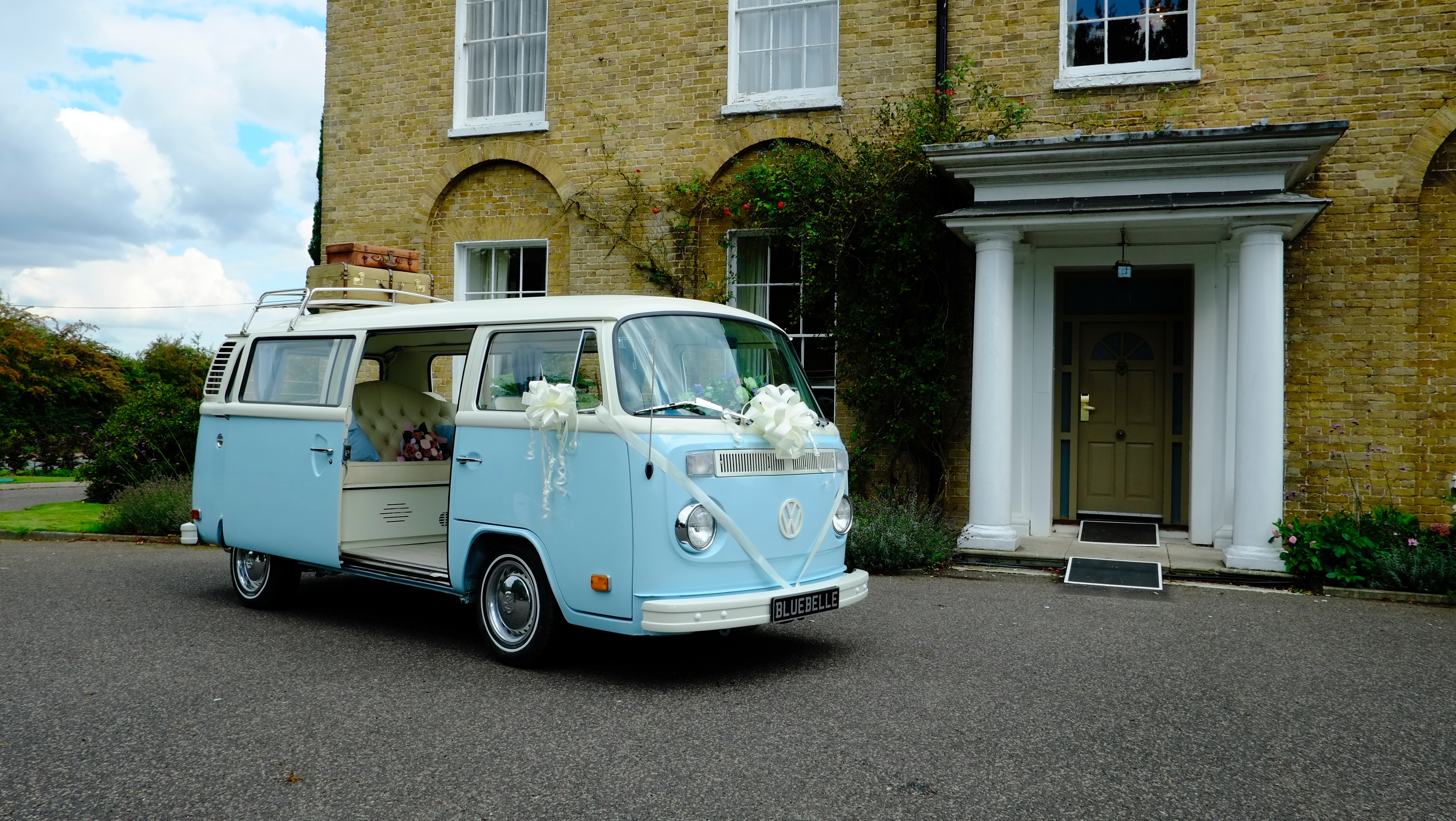 Wedding transport with ribbons