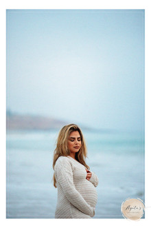 Adelaide Pregnancy Portrait Photographer   Agata's Photography