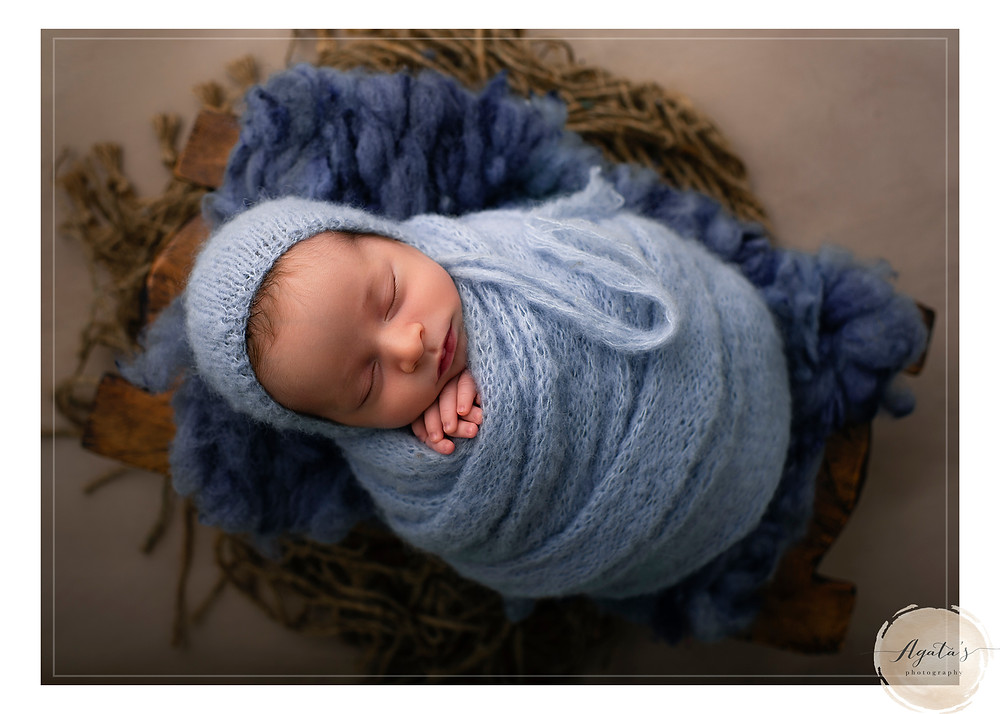 best newborn photographer adelaide