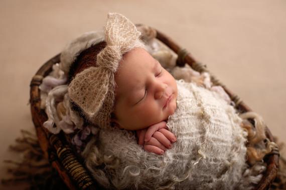Adelaide Newborn Photographer | Newborn Photography with Adelaide's Leading baby photographer