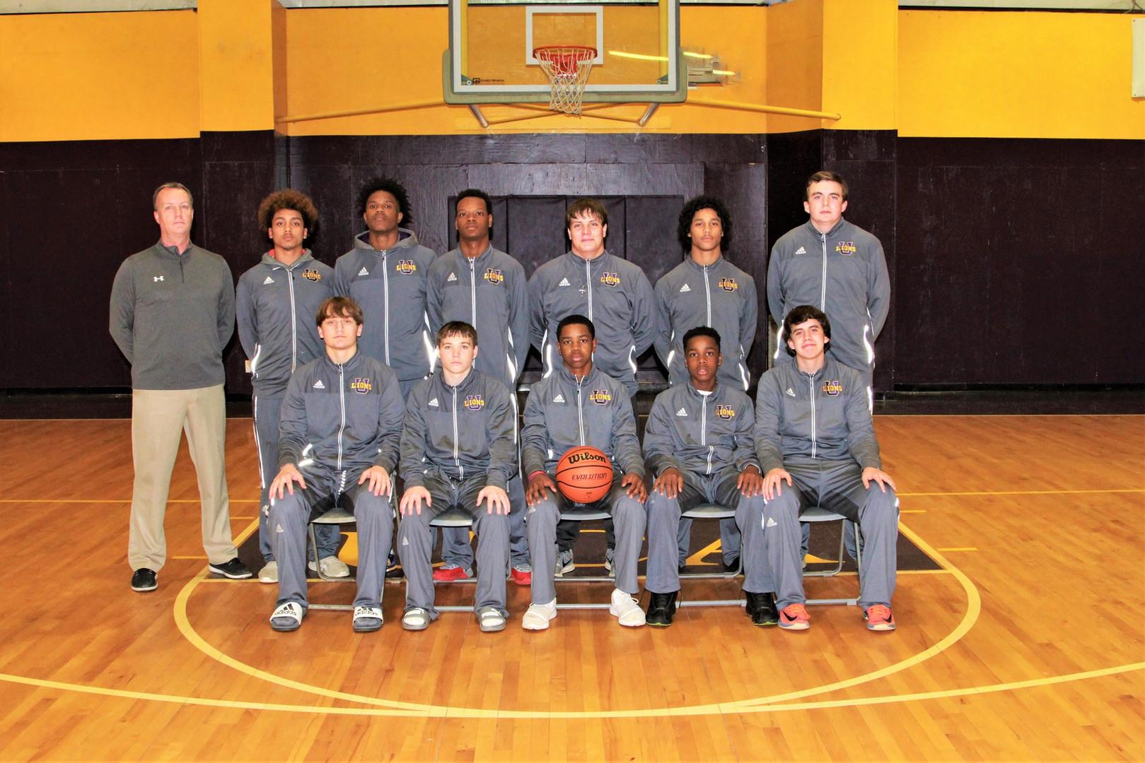 Lions Basketball Varsity