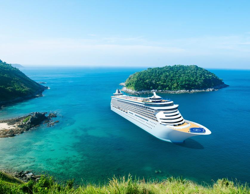 Crucero frente a Islas Griegas