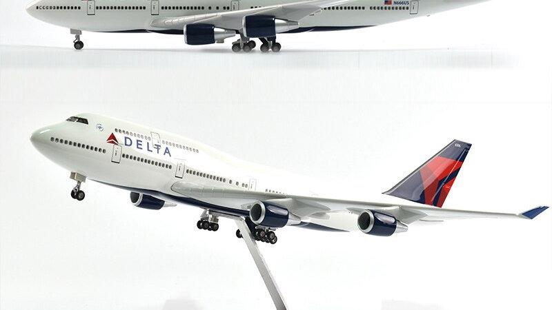 Delta Boeing 747 Plane Diecast 1:160 Scale