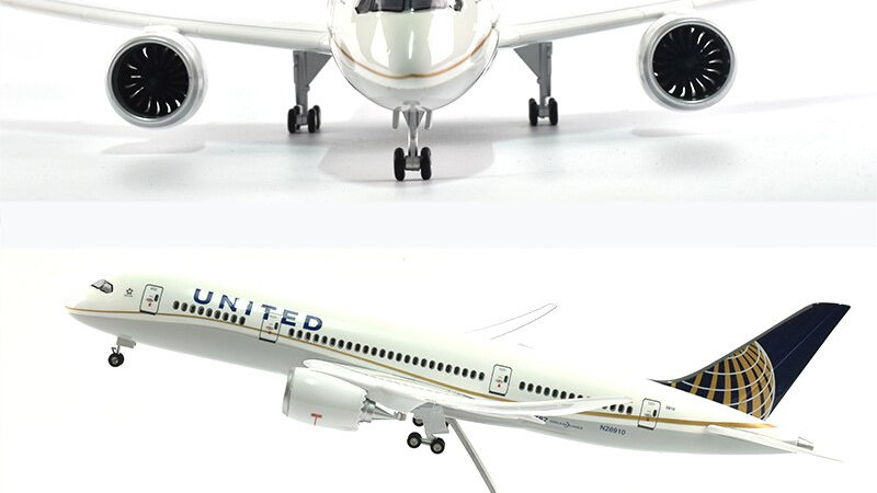 United 787 Diecast 1:144 Scale Planes With Lights