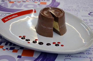 Gelatina chocolate, queso