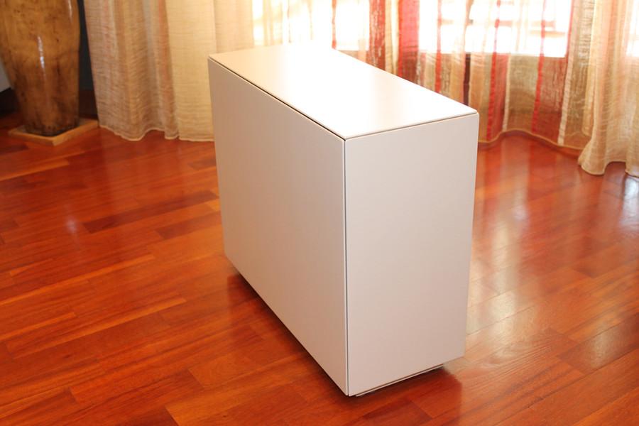 Tavolino Laccato (Chiuso)