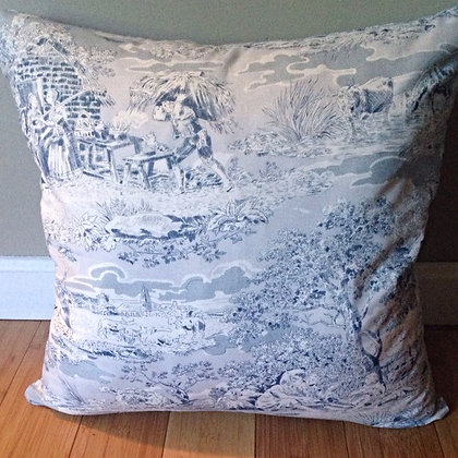 """""""Classic Toile"""" Pillow Cover"""