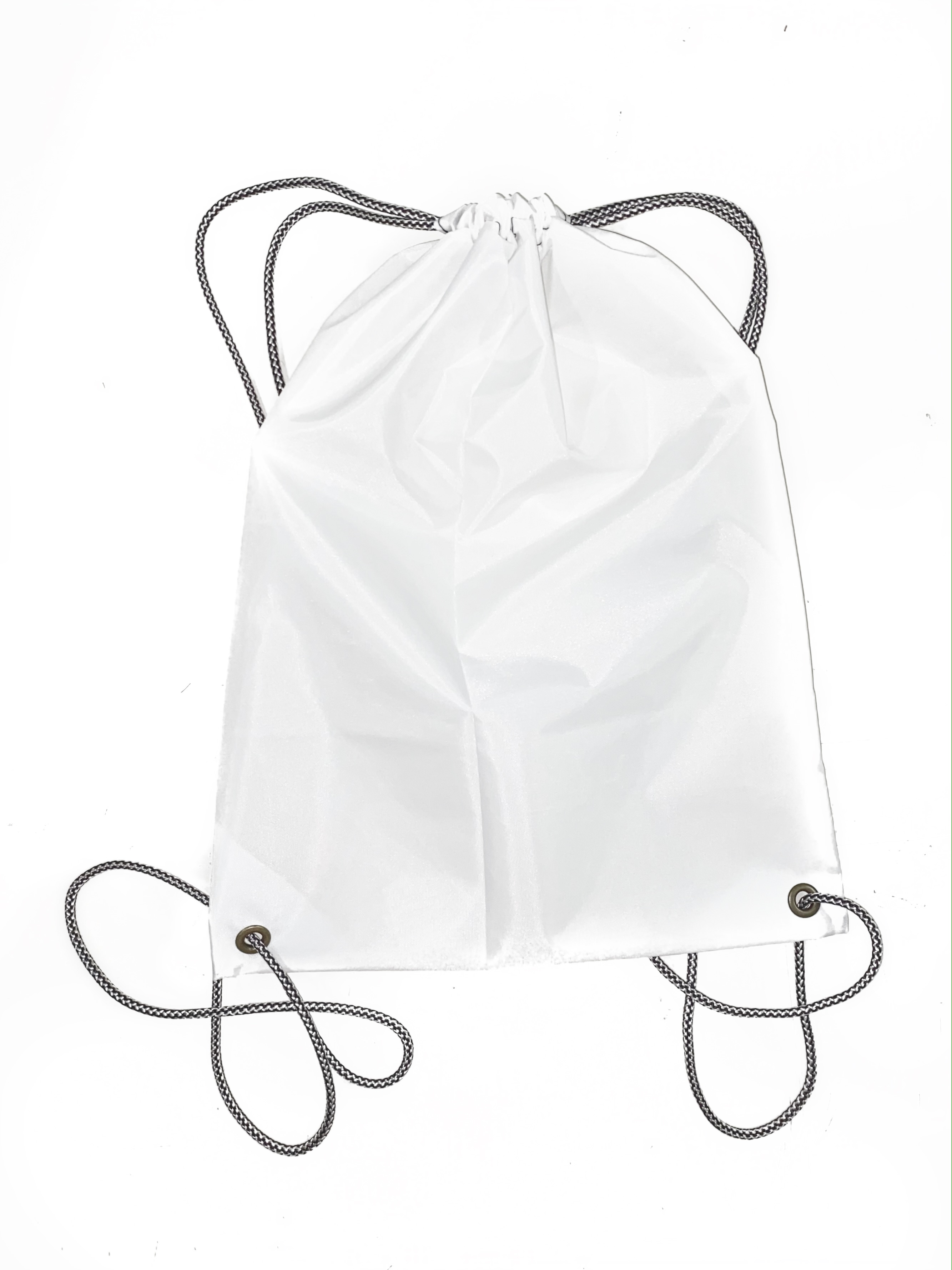 Sacolinha mochila de nylon