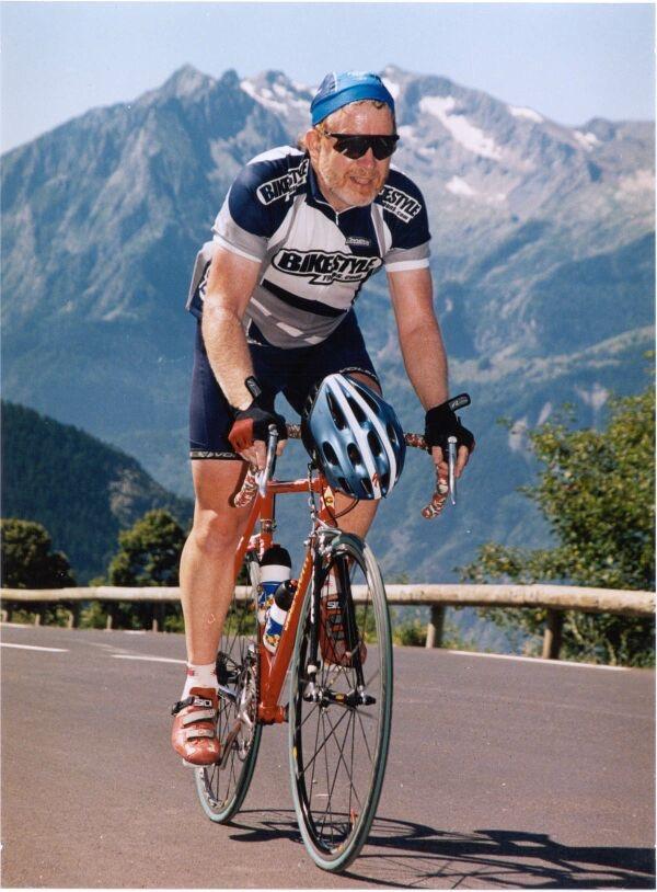 Chris climbing Alpe d'Huez
