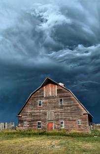 Saskatchewan barn storm