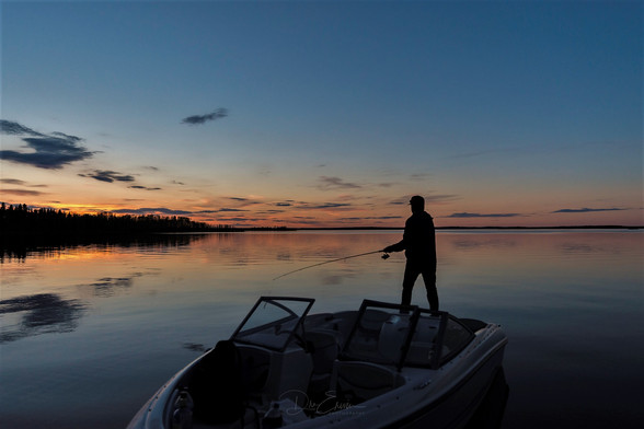 Boating on Pinehouse Lake