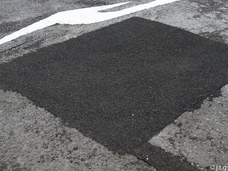 quick asphalt repair
