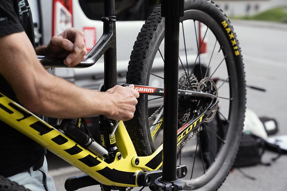 Mountainbike Bike Workshop Davos Klosters Sev Disch