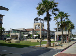 1200px-Pearland_Town_Center