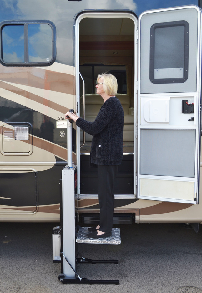 Travel Trailer lift for disabilities