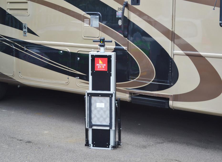 Portable 5th Wheel RV Lift