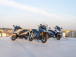 310302_Honda_s_premium_Forza_scooter_fam