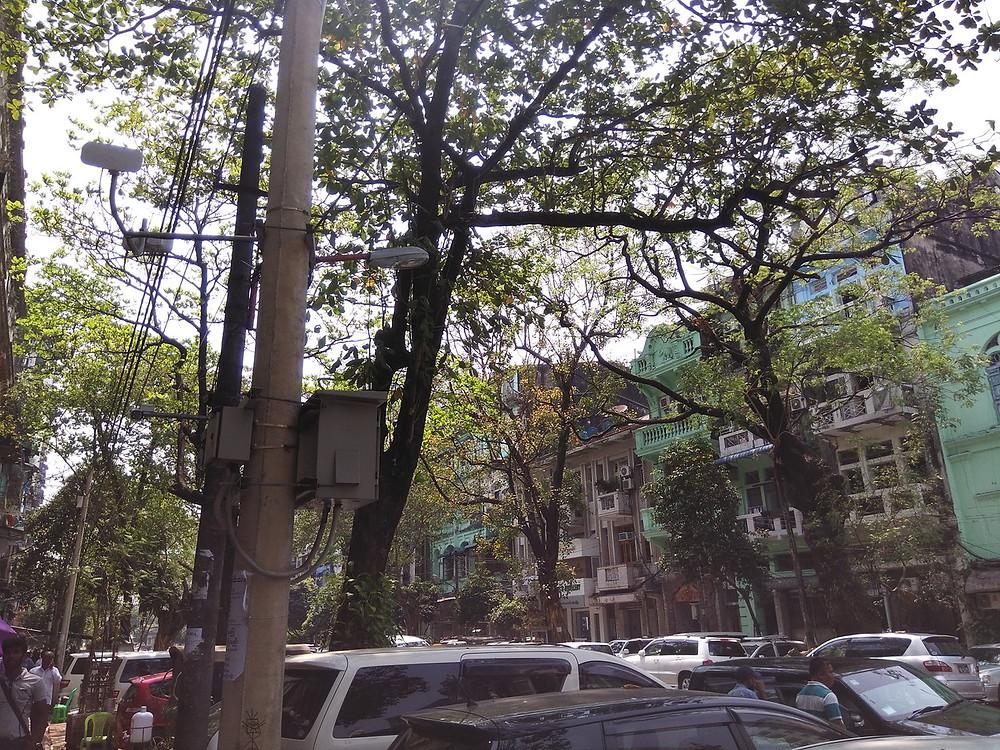 ヤンゴン街並み