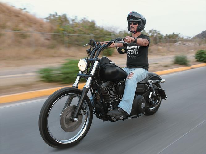 t-shirt-mockup-of-a-biker-riding-his-mot