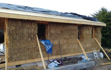 Building with straw - Our experiences