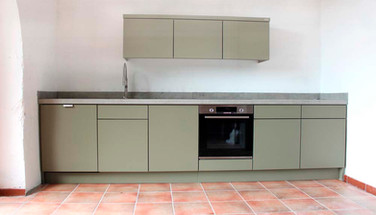 Very contemporary outdoor kitchen