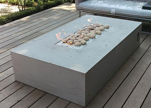Dakota 1800 concrete firepit
