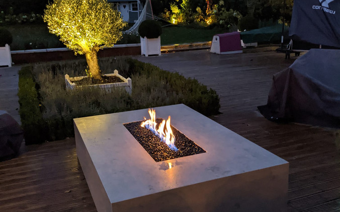 Bespoke Photon porcelain firepit - Beton (Concrete)