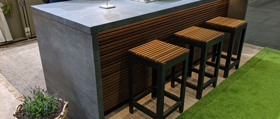 Outdoor Kitchen Breakfast Bar with LED lighting