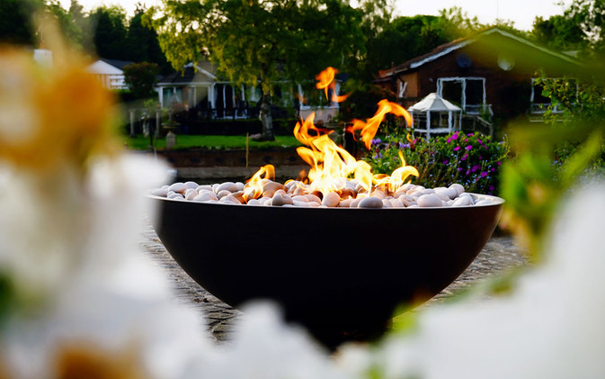 Astra firebowl in polished concrete