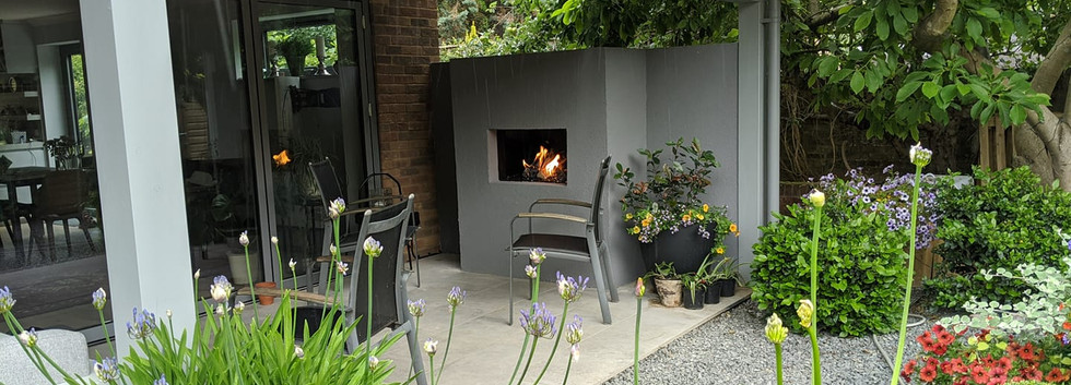 Outdoor gas fireplace Henley on Thames.j