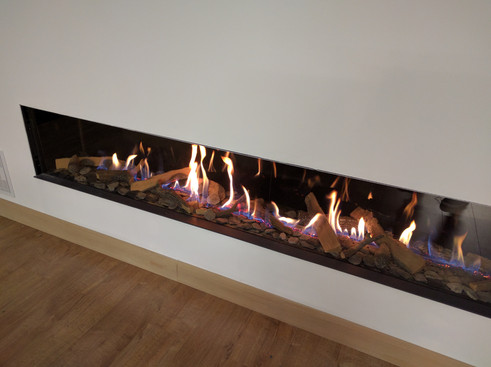 UF2400 linear balanced flue gas fireplace