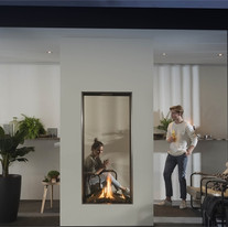 See-through Vertical outdoor fireplaces