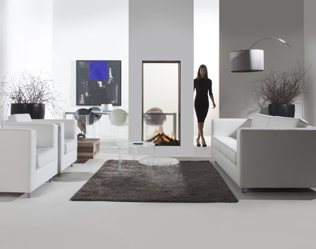 Vertical see-through gas fireplaces