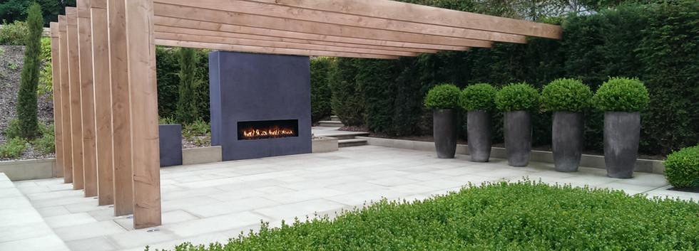 Frameless firebox with Urban Fires outdoor gas burner