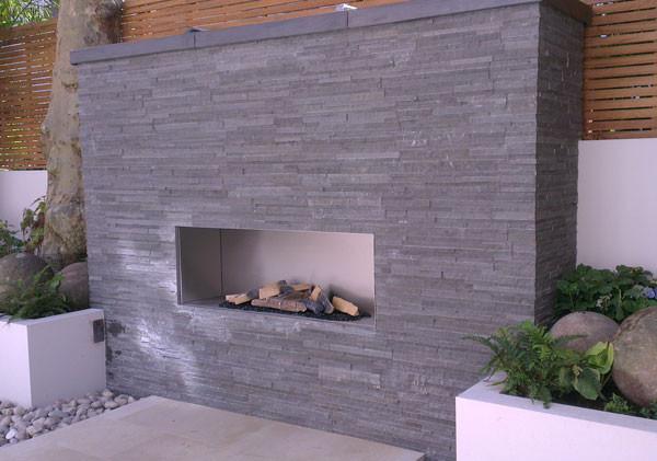 Stainless steel firebox outdoor gas fireplace