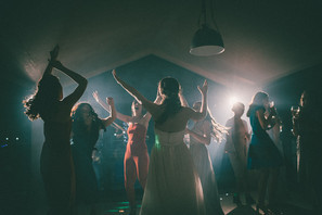 Barn at Willerby Wedding India & Will (3