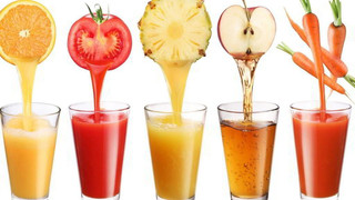 ¿Por qué no es lo mismo comer la fruta entera que en zumo?