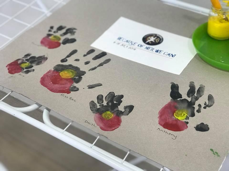 aboriginal hand art