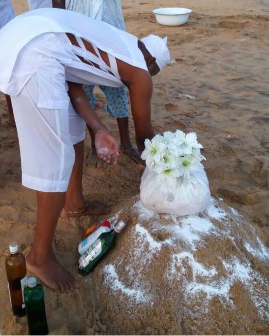 rituel magiques à la plage, invocation de mami wata, offrandes et appel a miwata.