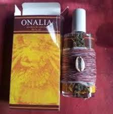 Parfum magique qui attire la chance, l'amour et la prospérité