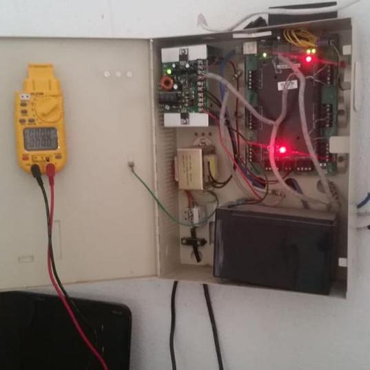sistema de automatización y control