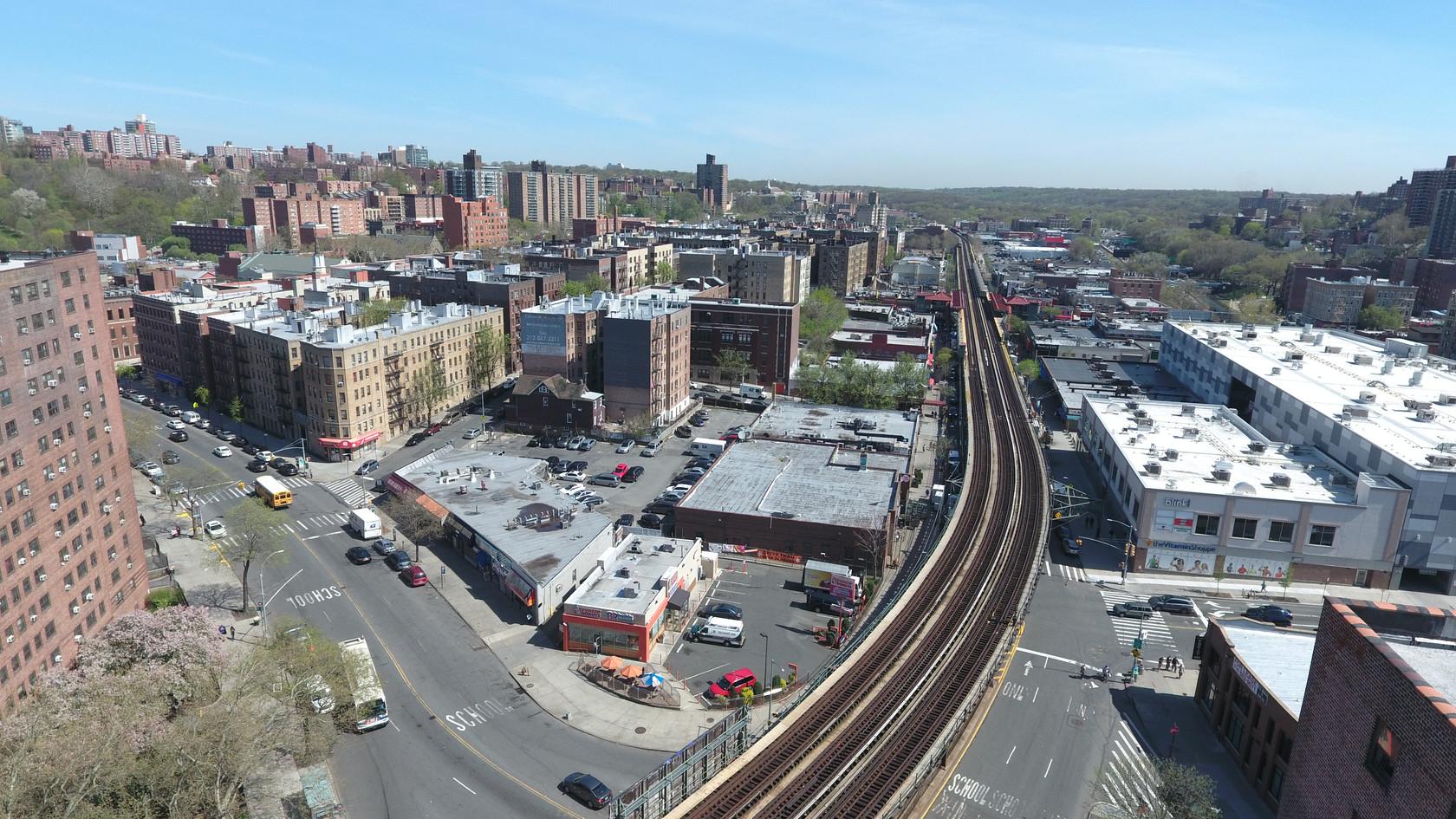 230th & Broadway Bronx NY