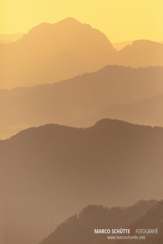 Blick in Richtung Osten bei Sonnenaufgang  - Pfaffenkegel