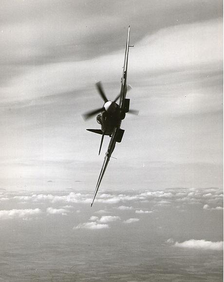 PK312 Spitfire 22