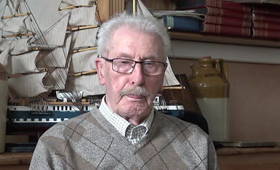 Ralph Punshon Scott. Sundrland Dock Diver. A brief introduction told by his garndson Mr Jack Curtis