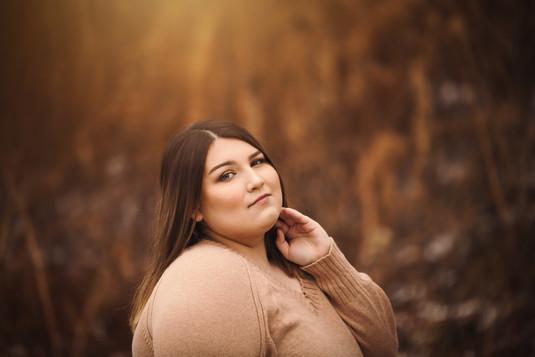 senior brunette in fall.