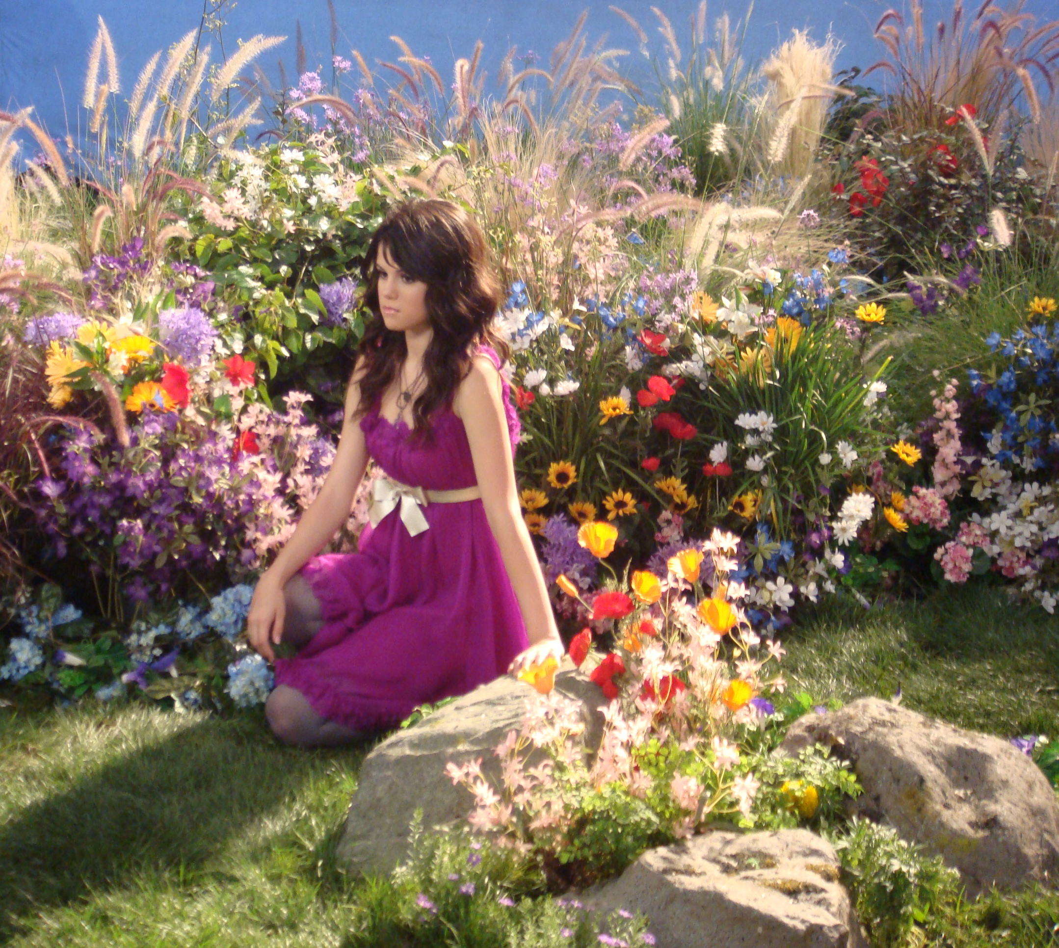 Selena Gomez 'Fly To Your Heart'