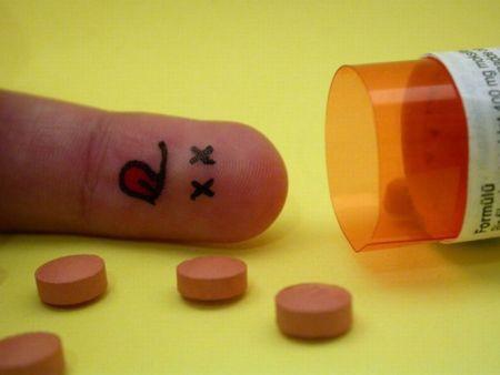IATROGENIE (maladies et morts provoquées par les médicaments)